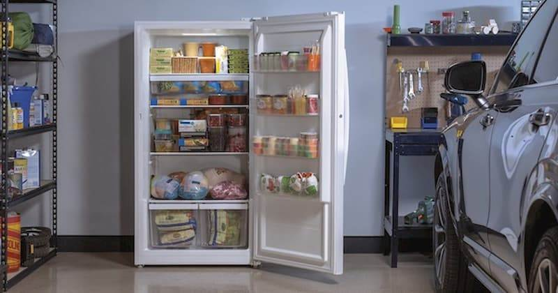 Best Upright Freezer for Garage - Buyer's Guide 11